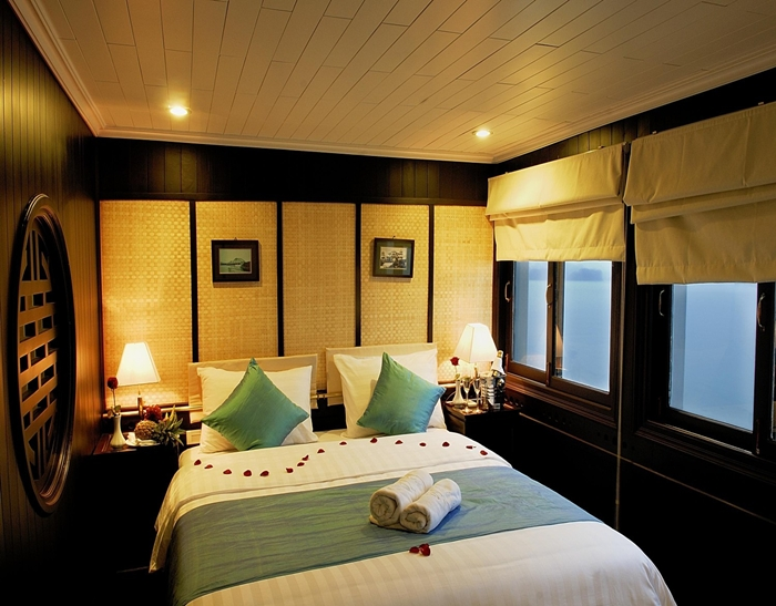 BHAYA CRUISE-Double Room