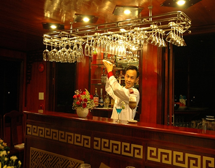 Dragon's Pearl Cruise-Bar