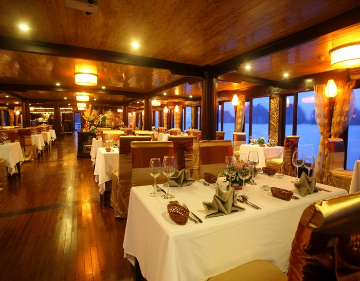 Emotion Cruise-Restaurant