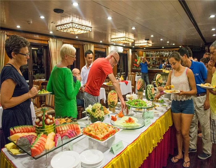 Gray line cruise-Buffet