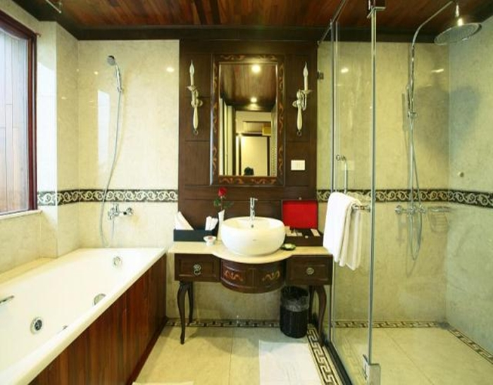 Indochina Sails-Bathroom