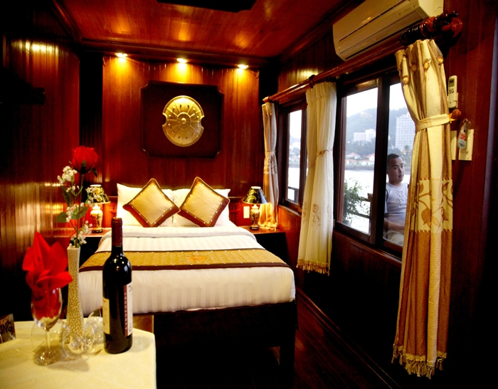 Jasmine Cruise-Deluxe Double Room