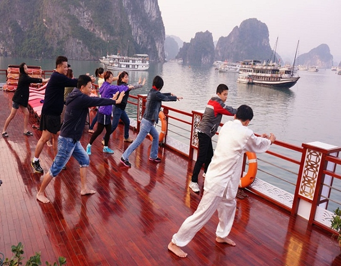 Oriental Sails Cruise-Exercise