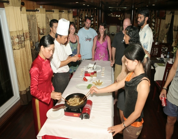 PALOMA CRUISE-Cooking Class