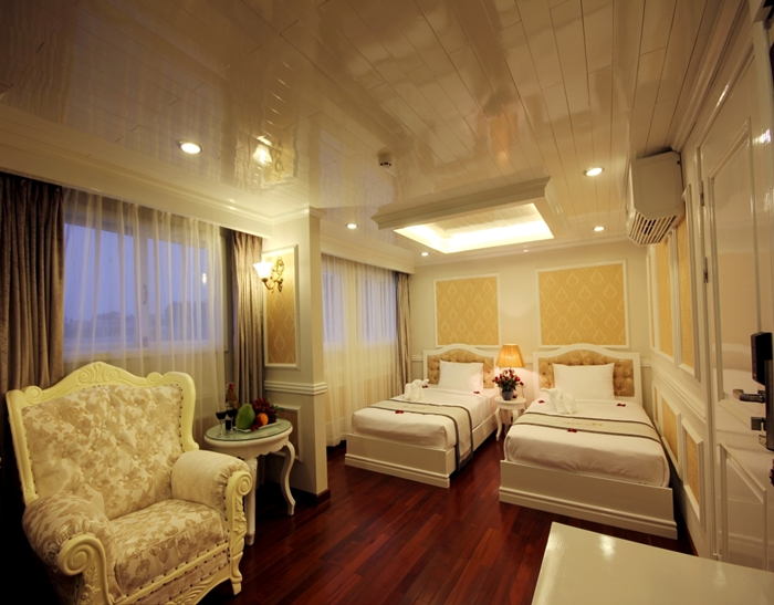 Signature Cruise-Twin Room