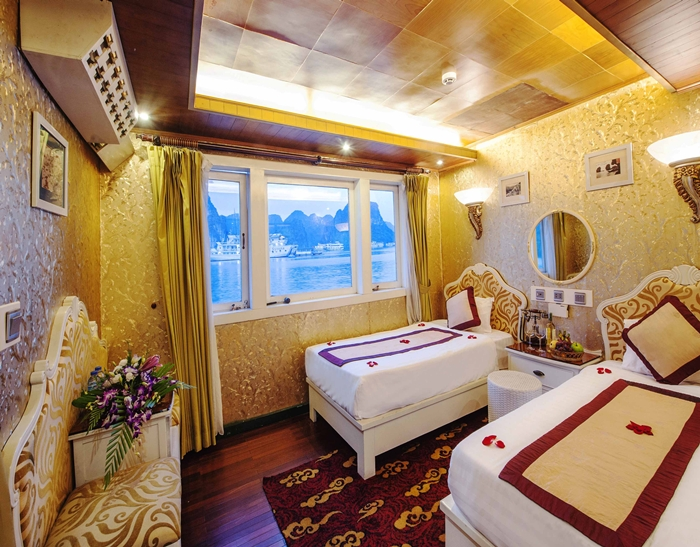 White Dolphin Cruise-Twin Room