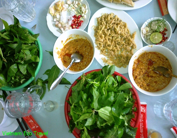 raw-nhech-fish-salad-in-ninh-binh