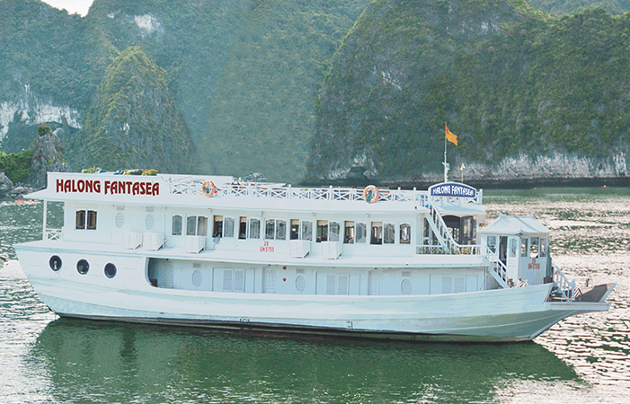 Halong Fantasea Cruise-Overview