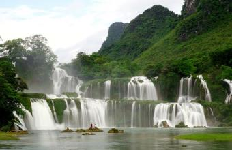 Ba Be Lake and Ban Gioc Waterfall Tour